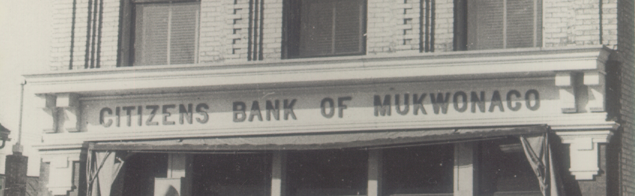 Old photo of Citizens Bank of Mukwonago building